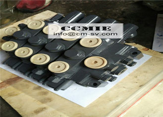 China Quadruple Multi Way Valve XCMG Truck Mounted Crane Spare Parts supplier