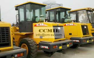 China Narrow Working Area Construction Machinery , 4 Wheel Heavy Equipment Excavator supplier